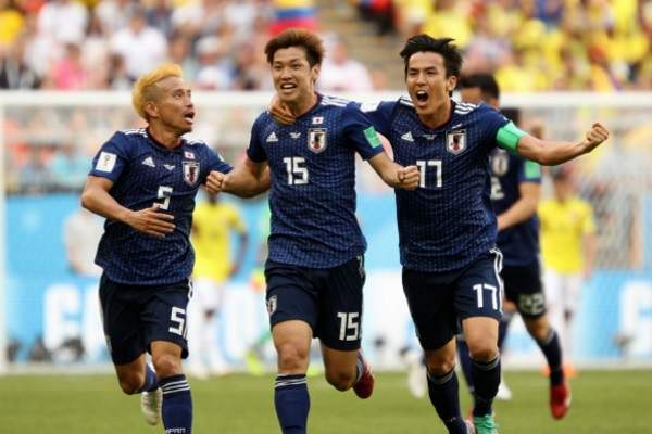 Japan beat Colombia 2:1